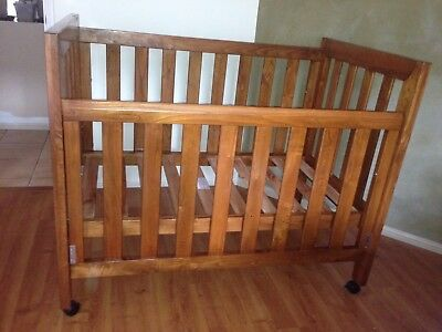 Grotime cot/single bed including mattress and sheets