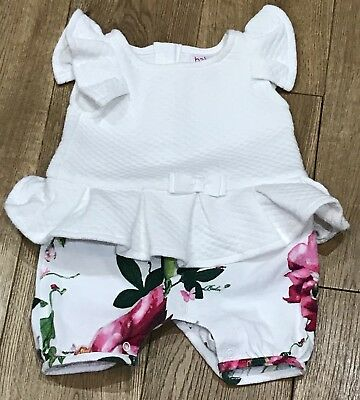 Baby Girls Ted Baker Out-Fit In White With A Floral Pattern Size Newborn