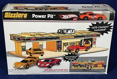 NEW - 2007 Hot Wheels SIZZLERS POWER PIT Car Charger & 1970 CHEVY CAMARO