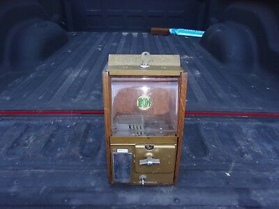 Victor Baby Grand 10 Cent Gum Machine, Complete And Working
