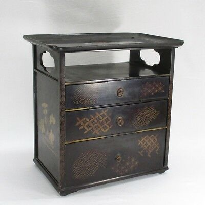 D206: Real old Japanese lacquerware chest of drawers with MAKIE in EDO era.