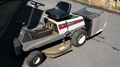 ride on mower with catcher