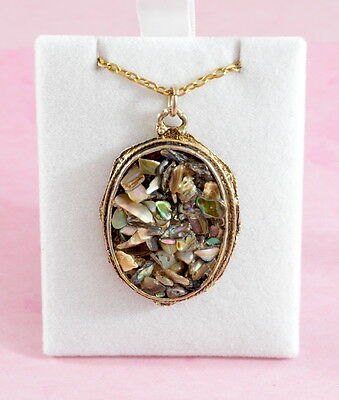 """Vintage """"Hollywood"""" gold tone metal & abalone shell chips pendant chain necklace"""
