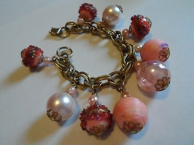 Vintage Gold Tone Chain Bracelet With Faux Pearl, Decorated & Iridescent Beads