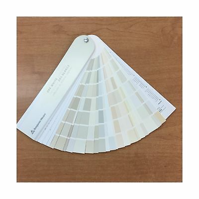 Benjamin Moore Off White Collection Fan deck New
