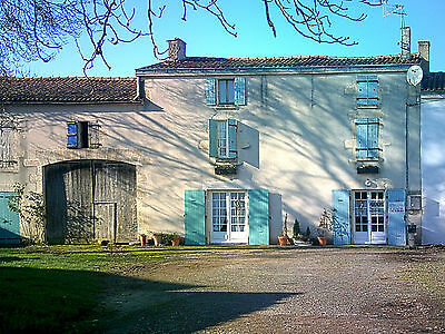 Farmhouse, Charente-Maritime, France. Land, Barns, Orchard. 3,485 sq m. OFFERS.