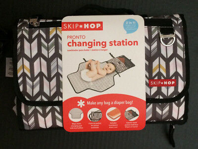 New Skip Hop Pronto Portable Diaper Changing Station soft grey pink Chevron NWT
