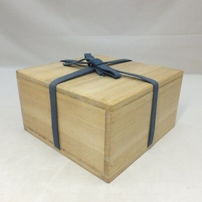 D191: Japanese wooden storage box for bowl made from KIRI. SHIHO-SAN