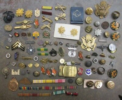Nice Lot of Vintage Military Insignia Pins Etc... No Reserve
