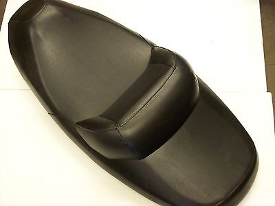 SYM GTS 125/250 Original Seat - New but Small Defective ET: 77200-hma-000