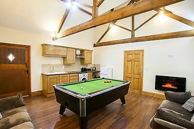 Westfield Courtyard Cottages. Luxury Group Self Catering with Hot Tub. Sleeps 10