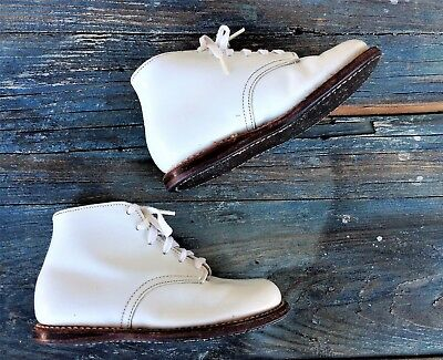STRIDE RITE BABY / TODDLER 1950's HARD SOLE WHITE HIGH TOP BOOTIES /SHOES, 7 3E