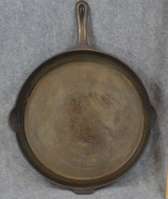 Griswold #14 skillet pan heat ring 718 large logo early antique cast iron