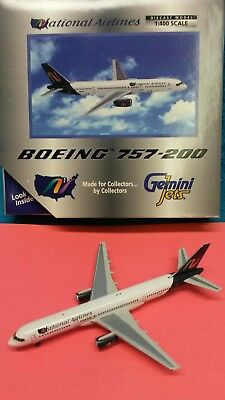 1:400 GEMINI JETS AMERICAN AIRLINES BOEING B 757-200 N203UW Model GJAAL1797 NEW