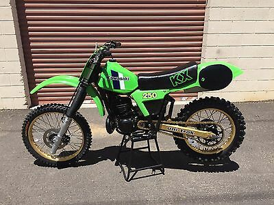 1982 Kawasaki KX  RARE 1982 KAWASAKI KX250 MOTOCROSS BIKE FRAME UP RECONDITIONING READY TO RIDE!
