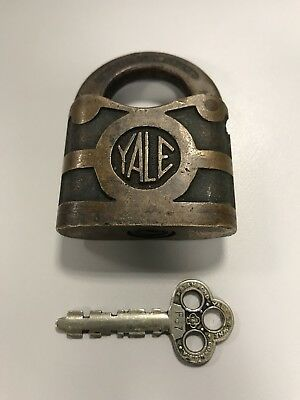 Antique Yale & Towne Clover STANDARD Y&T Brass Lever Padlock and F67 Key