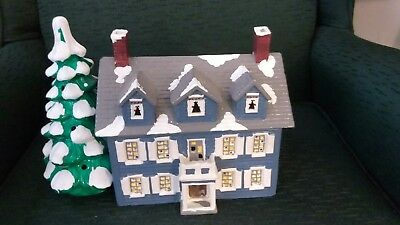 Dept 56 Snow Village Williamsburg House 1986 # 5046