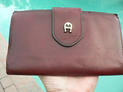 VINTAGE Etienne Aigner Wallet Burgundy Leather Kisslock Coin REHABBED!CLEAN!