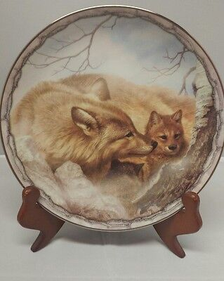 "Bradford Exchange Wolf Plate ""A MOTHERS CUDDLE- SHELTERING LOVE COLLECTION"" COA"