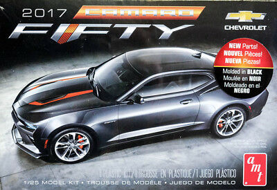 2017 Chevrolet Camaro SS Fifty 50th Chevy 1:25 AMT Model Kit Bausatz AMT1035