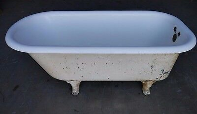 Antique Vintage Clawfoot Tub 5-Foot Early 1900's