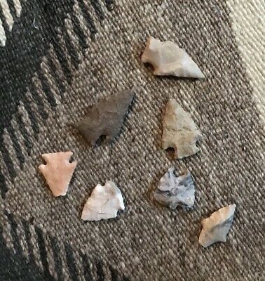 Lot Of Seven Ancient Stone Arrowheads.