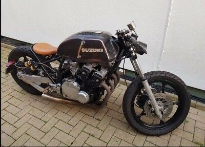 SUZUKI GS650 WITH 750 engine bobber project