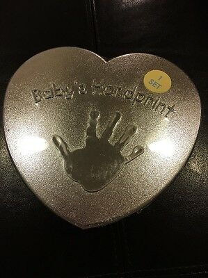 Baby's First Handprint Kit Baby Connection Mold Plaster Easel Chalk New