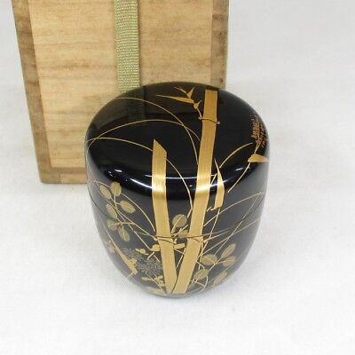 D540 Japanese lacquerware powdered tea container with MAKIE of bamboo and flower
