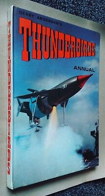 Gerry Anderson's THUNDERBIRDS ANNUAL 1967 - excellent condition!
