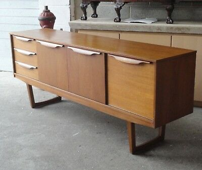 Vintage Retro Mid Century Stonehill Teak Sideboard With Drawers & Cupboards