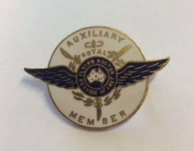 C1940s Royal Flying Doctor Service Auxiliary Member Badge Schlank