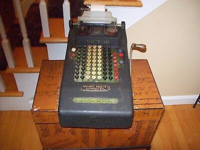Antique VICTOR ADDING MACHINE Hand Crank with Serial Number Plate on Bottom