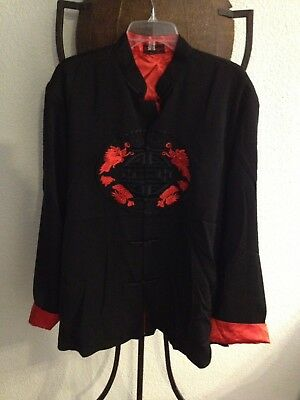 Chinese Mandarin Kung Fu Dragon Embroidered Black Jacket Coat in a Men's Size M