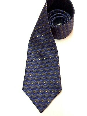 HUGO BOSS Mens Neck Tie MADE IN ITALY 100 % SILK BLUE & GRAY Classic GEOMETRIC