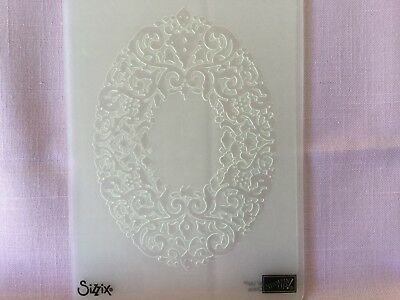 """Sizzix/stampin' Up Embossing Folders - """"holiday Frame"""""""