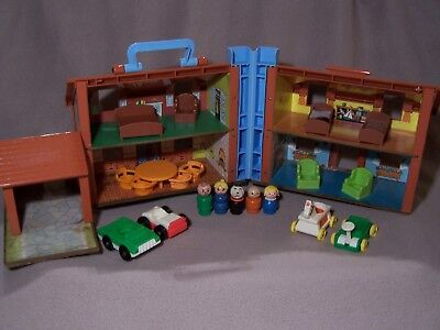 Vintage Fisher Price Little People Play Family House Brown Tudor #952