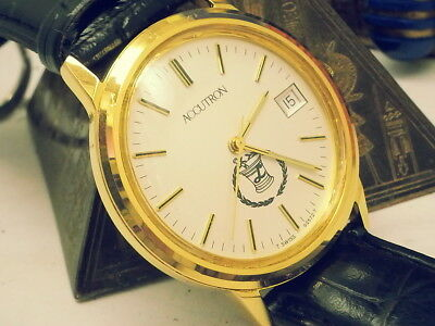 VINTAGE 1970s BULOVA ACCUTRON NEAR-MINT SPECIAL CREST LOWER DIAL MENS WATCH