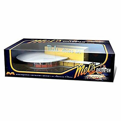 HO Scale Prebuilt Mels Assembled Painted Drive In Collectible Toy For Display