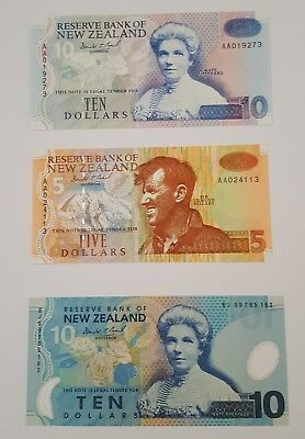 Reserve Bank of New Zealand - $10, $5 Banknotes Low Numbers. $10 Polymer - Unc