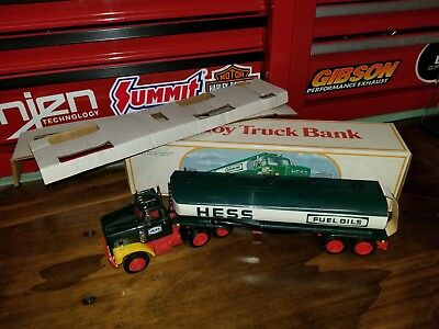 1984 Hess Fuel Truck Oil Tanker With Bank In Box With Inserts Nice P3