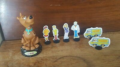 "Scooby Doo bobble head and figures of ""the Gang"" and the Mystery Machine Van"