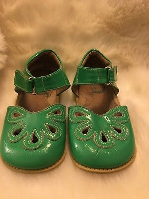 Livie and Luca Petals Green Patent Size 9 Girls Shoes Christmas Green
