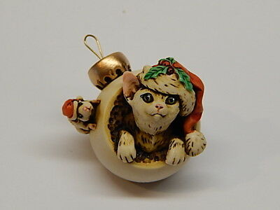 Harmony Kingdom Artist Neil Eyre Designs Christmas Ornament Cat kitten mouse LE