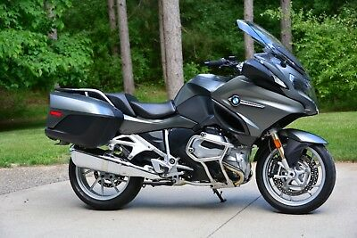 2015 BMW R-Series  BMW R1200RT Loaded with every option.  Showroom condition!