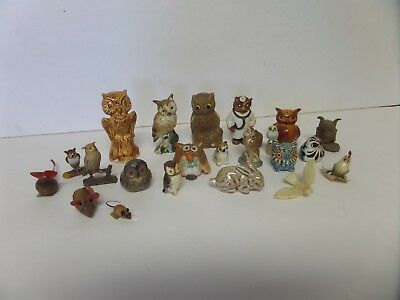 lot of miniatures figures mostly owls