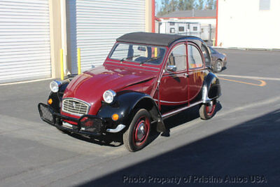 1967 Citroën 2CV 1981 on a 1967 title 1981 Citroen 2CV Charleston Edition, looks and drives great. totally restored.