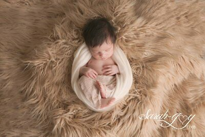 Newborn baby girl boy faux fur background photography props.