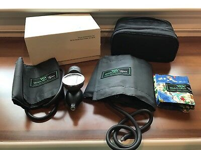 Tycos Welch Allyn Hand Aneroid Sphygomomanometer (Manual Blood Pressure Cuff)