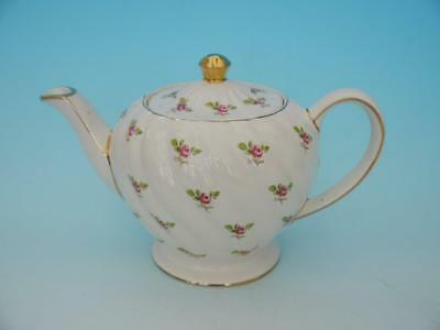 Wonderful Large Sadler Cream & Rose Bud Global Teapot